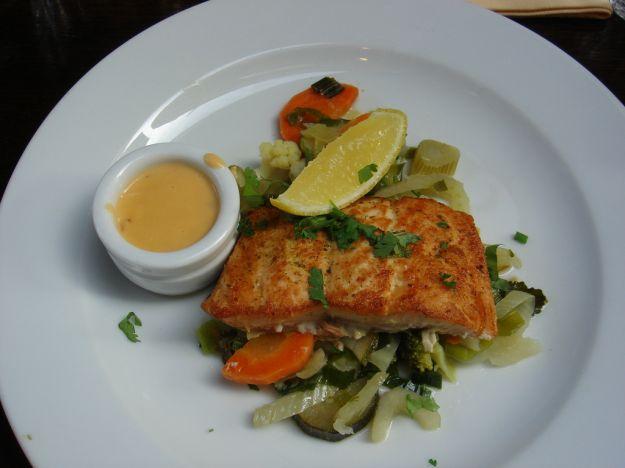 Pesce persico gratinato al forno