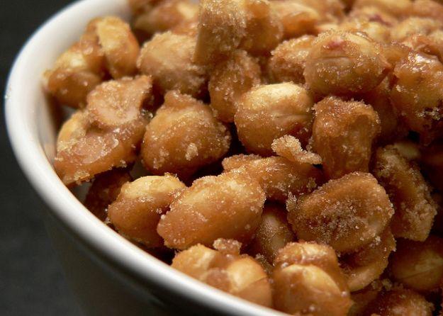 arachidi caramellati