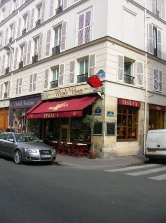 Arrivando lungo Rue Cherche-Midi