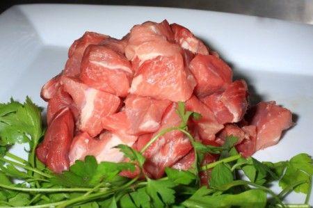 Bocconcini di maiale con porri e finocchio
