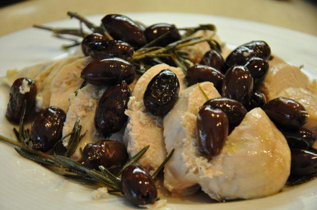 Bocconcini di pollo alla birra con olive e noci