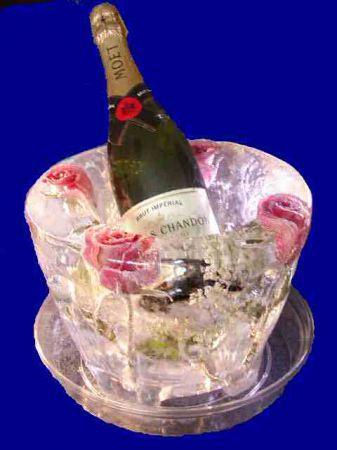 cestello champagne in ghiaccio
