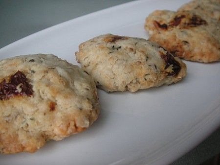 Cookies salati al pomodoro e parmigiano