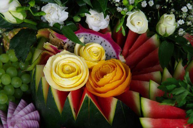 le decorazioni con la frutta per i tuoi buffet foto