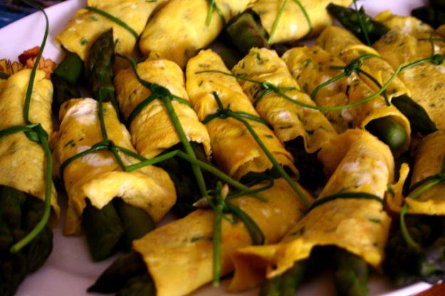 fagottini verdi di asparagi
