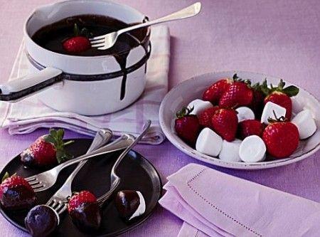 fragole fonduta di cioccolato