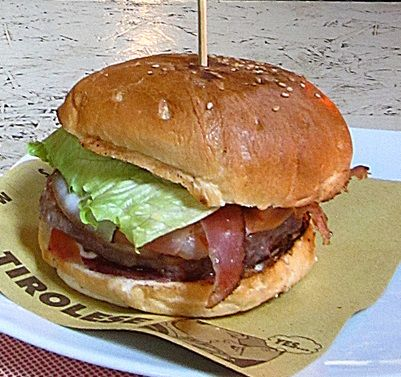 Hamburger tirolese