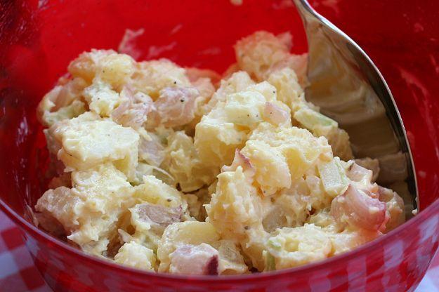 Insalata cremosa di patate