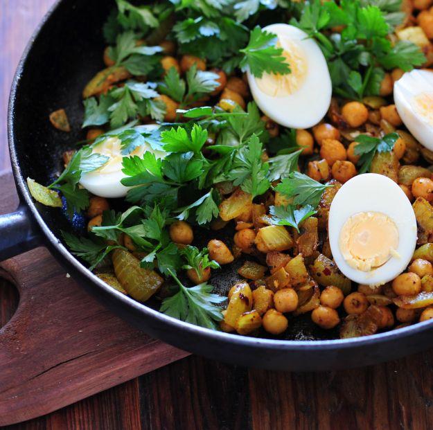 insalata di ceci e uova sode