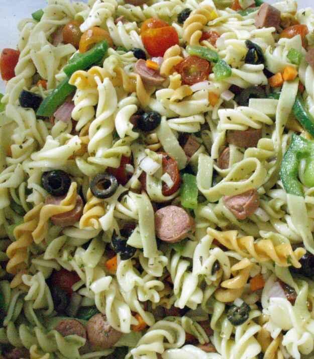 insalata di pasta saporita