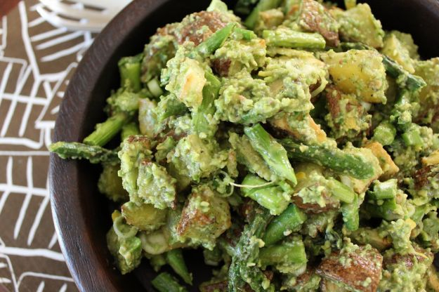 insalata di patate con avocado