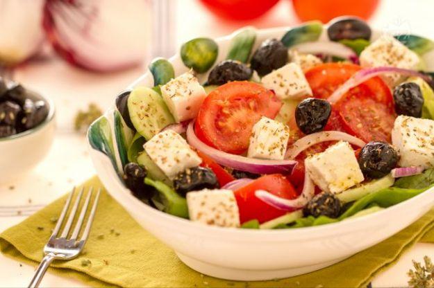 insalata greca ricetta