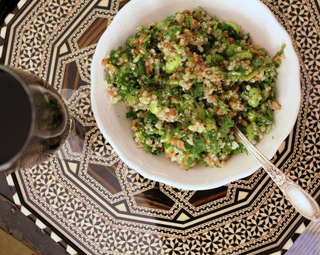 insalta di orzo asparagi e gamberetti