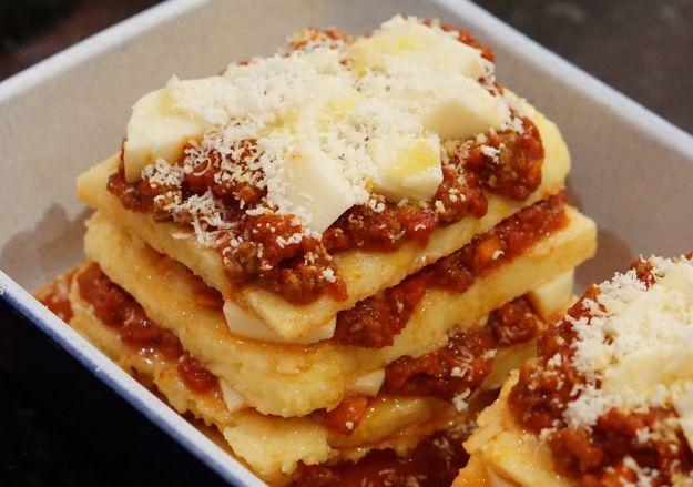 Lasagne di polenta con verza e carne