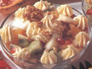 Macedonia di frutta con crema di ricotta