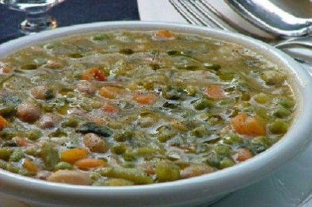minestrone di verdure di stagione
