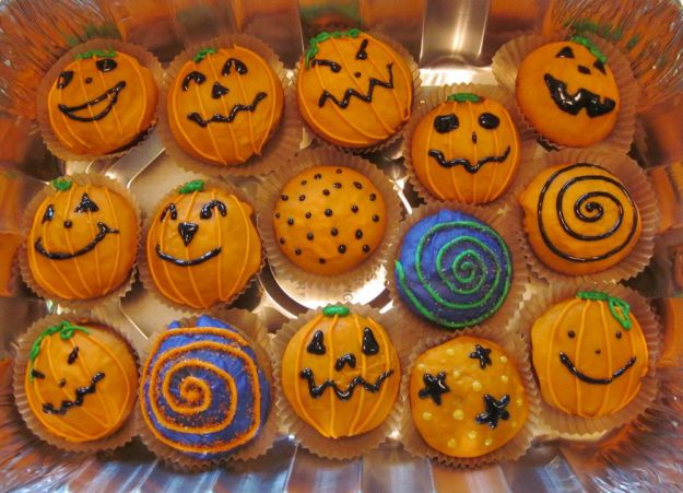 muffin mostruosi di marzapane