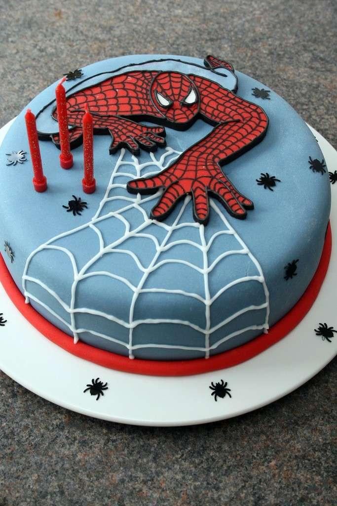 Torta Spiderman per compleanno
