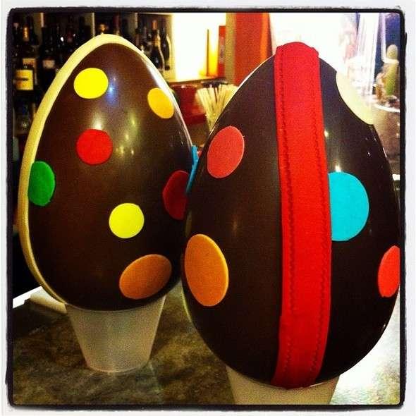 Uova di Pasqua a pois