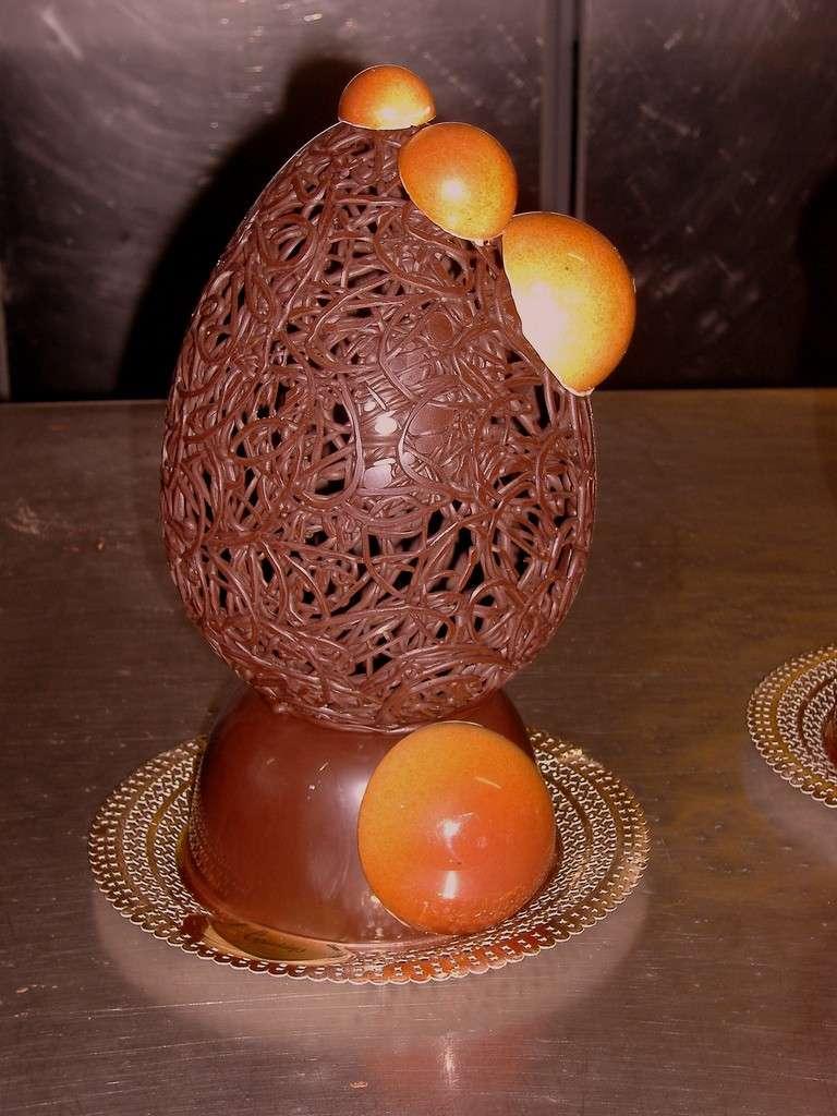 Uovo di Pasqua traforato