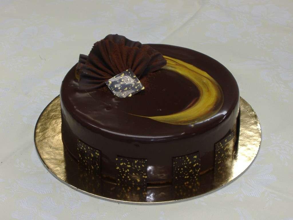 Decorazioni al cioccolato per torte