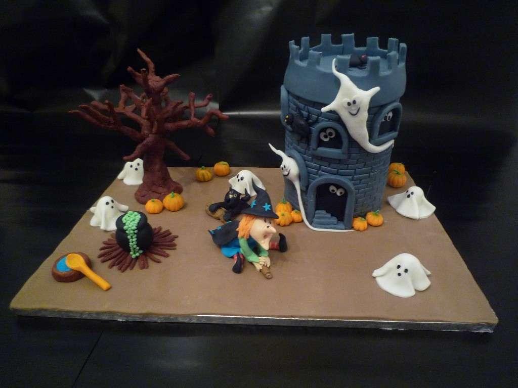 Torta castello stregato