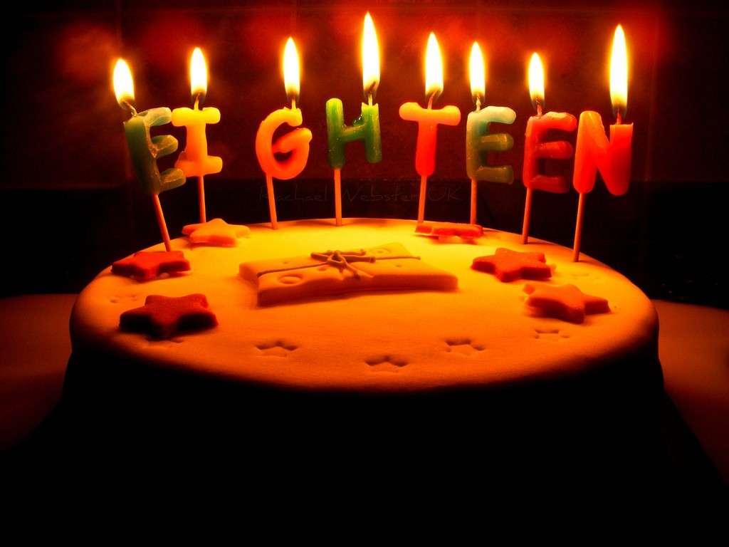 Candeline particolari per torta di 18anni