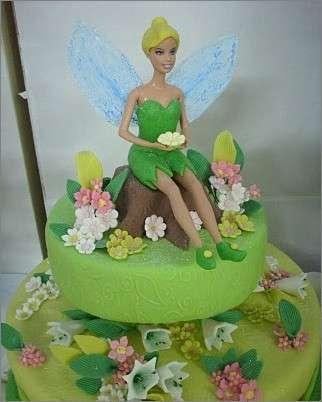 Barbie in versione Trilly come torta