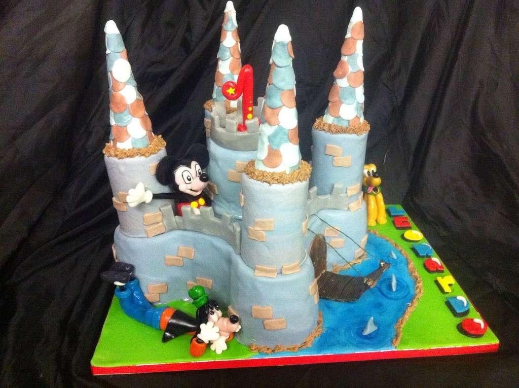 Castello di Topolino come torta