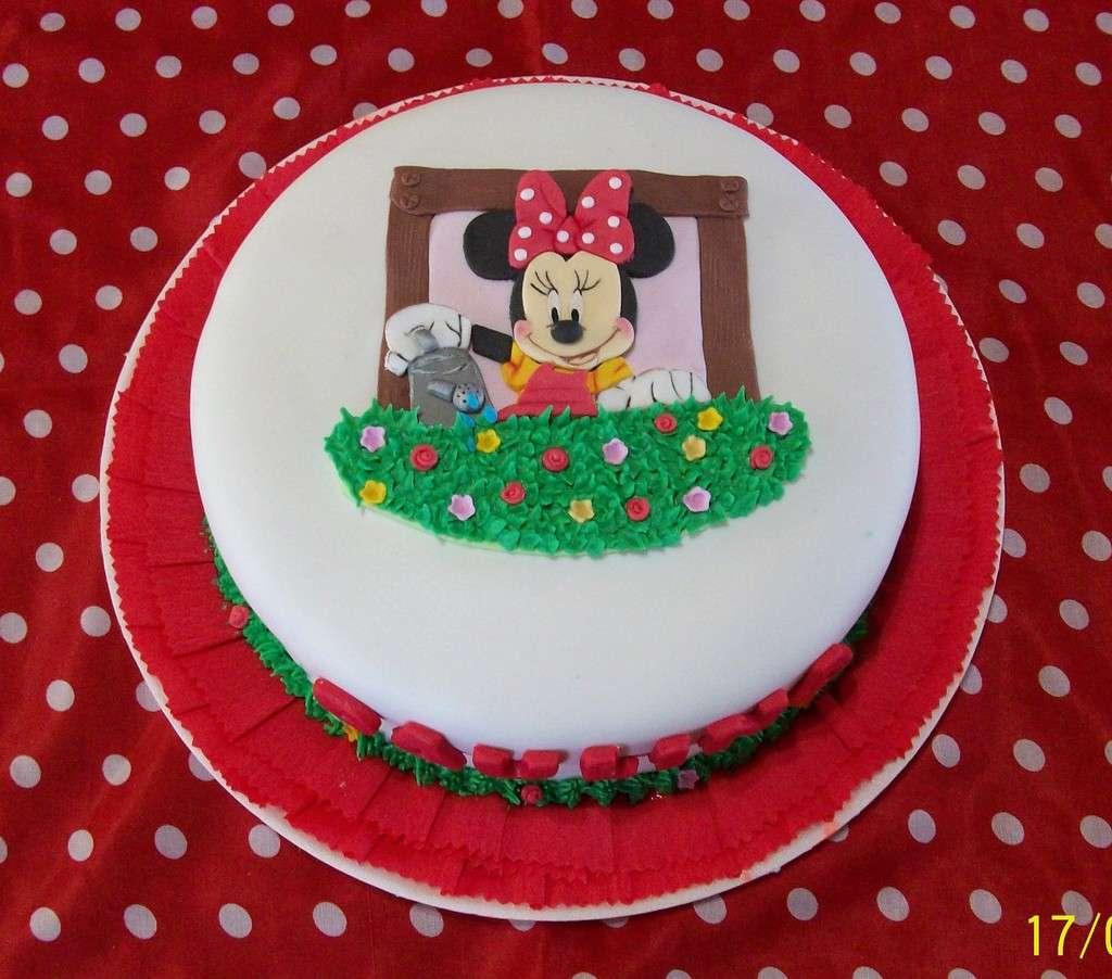 Decorazione primaverile per la Minnie's cake