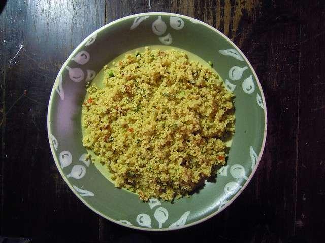 Cous cous vegetariano con verdure e curry