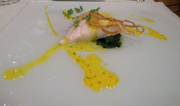 pesce in salsa di zafferano