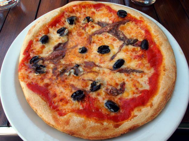 pizza napoletana con lievito istantaneo