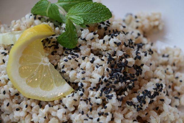 riso ai semi di sesamo con verdure