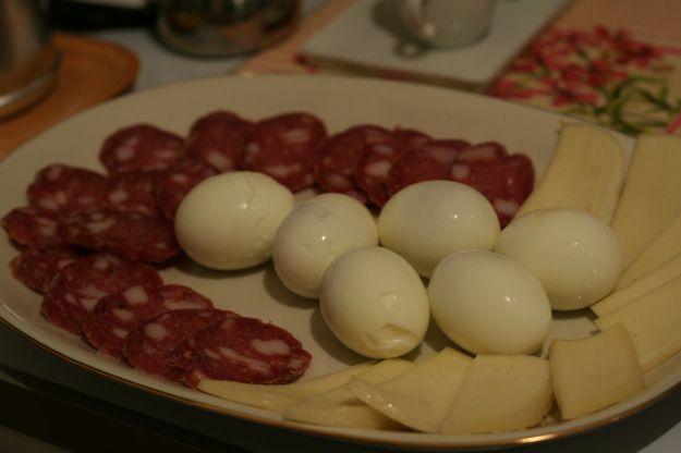 salame e uova sode