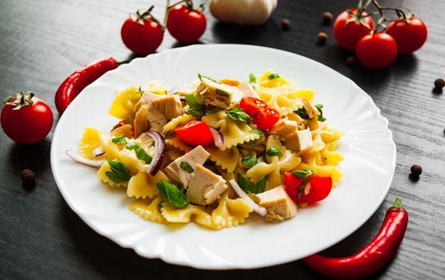 pasta fredda con pollo