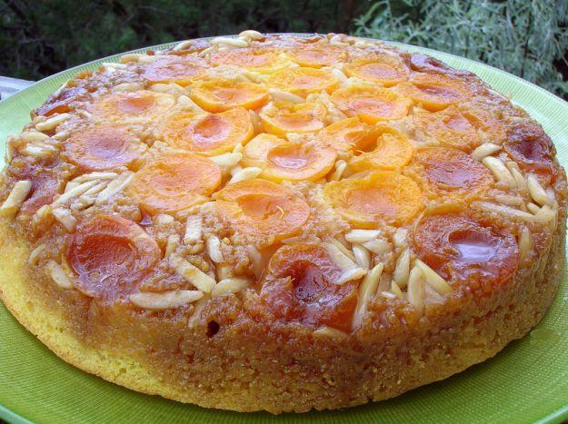 torta alle albicocche rovesciata