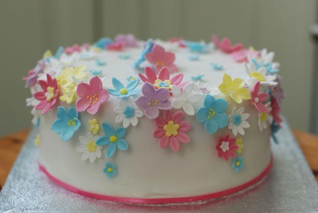 torta con i fiori