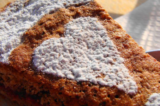 torta saracena con noci e cacao