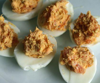 uova ripiene di salmone affumicato