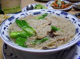Vermicelli di riso in zuppa