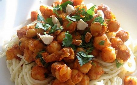 Cucina fusion: spaghetti alla marocchina