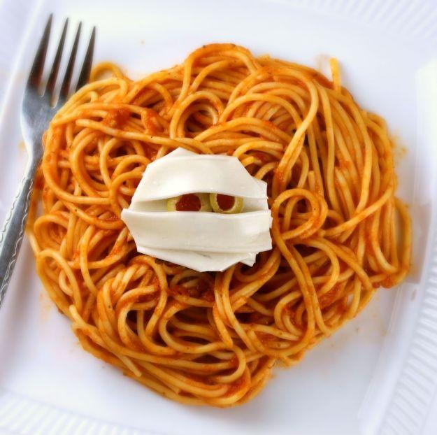 "Spaghetti ""splatter"" di Halloween"