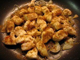 Secondi piatti: tacchino con cipolle e erba cipollina