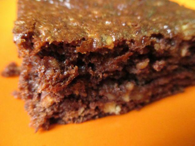 Torta di grano saraceno con mandorle e miele