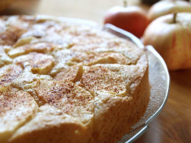 Torta con avocado e mele