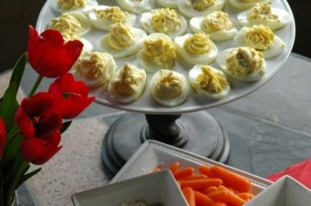 Uova farcite con crema di acciughe