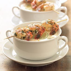 Zuppa di mais con gamberi arrostiti
