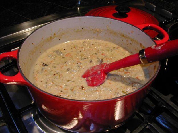 Zuppa di tacchino, funghi e riso Venere
