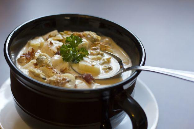 Zuppa di vongole con pancetta e patate